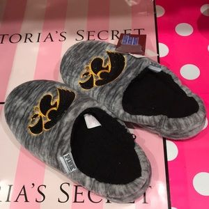 VS Victoria's Secret PINK Collegiate Slippers
